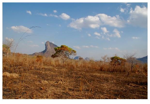 Mozambique Nampula - inselbergs - Monadnocks