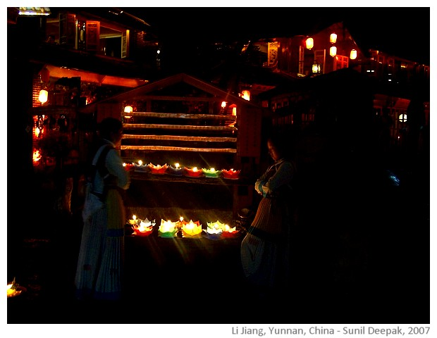 candles, Li Jiang, Yunnan, China - images by Sunil Deepak, 2007