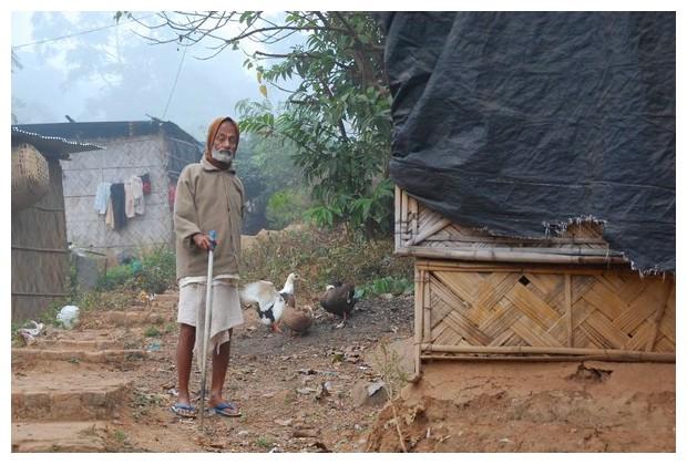 Morning in a slum, Guwahati, Assam, India