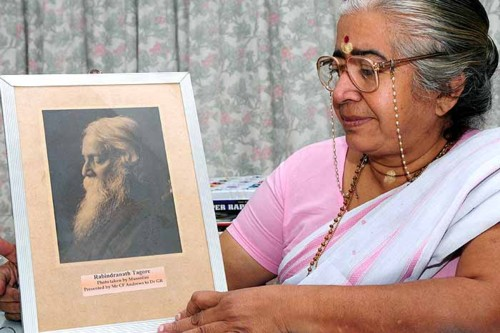 Sr Mythili and Tagore picture