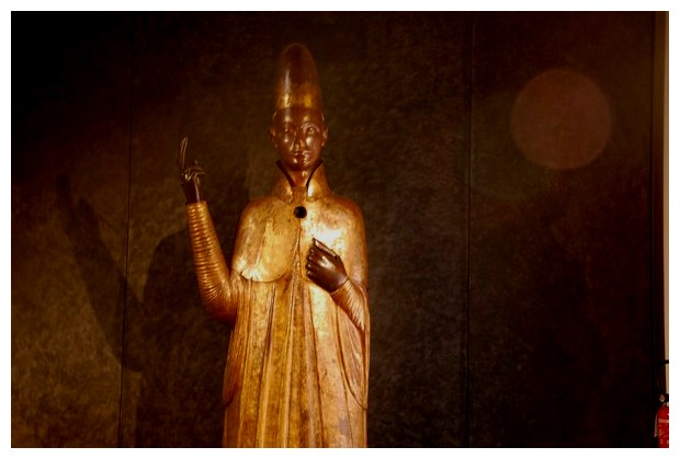 statue, medieval museum Bologna Pope Boniface VIII