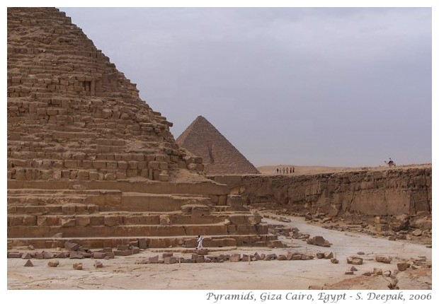 Giza pyramids, Egypt - S. Deepak, 2006