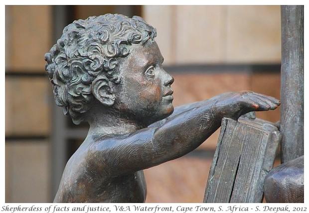 Bank statues, Cape Town - S. Deepak, 2012