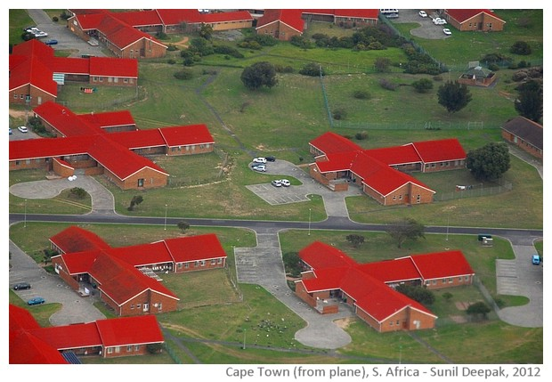 Capetown seen from plane, South Africa - images by Sunil Deepak, 2014