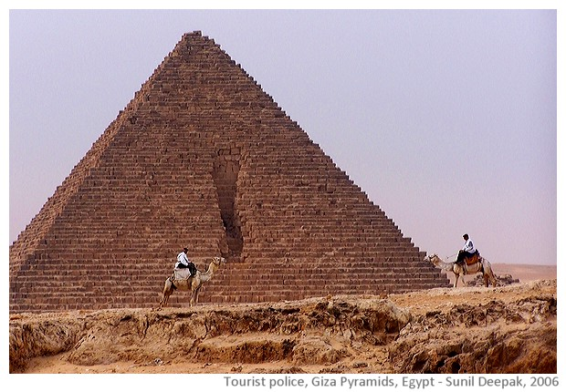 Tourist police in white uniform, Giza, Egypt - images by Sunil Deepak, 2014