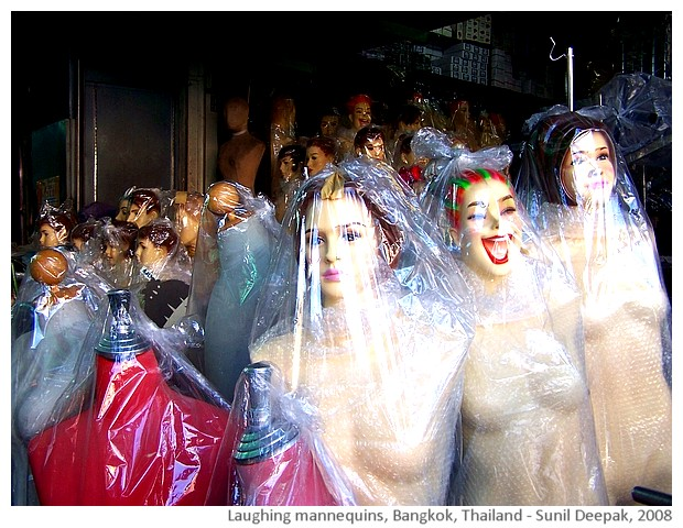 Laughing mannequins, Bangkok, Thailand - images by Sunil Deepak, 2008