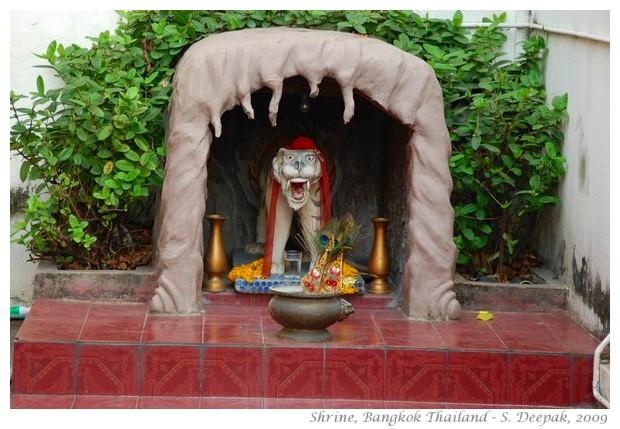 A shrine, Bangkok, Thailand - S. Deepak, 2009