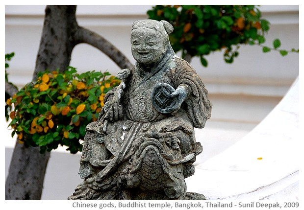 Chinese Buddhist deities, Bangkok, Thailand - images by Sunil Deepak, 2009