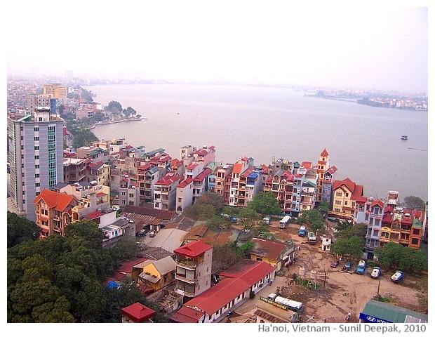 Morning in Hanoi, Vietnam - images by Sunil Deepak, 2013