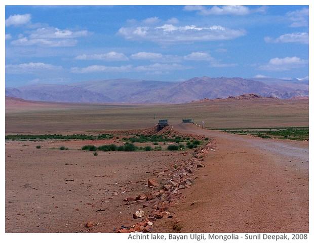 Achint lake, Mongolia - images by Sunil Deepak, 2008