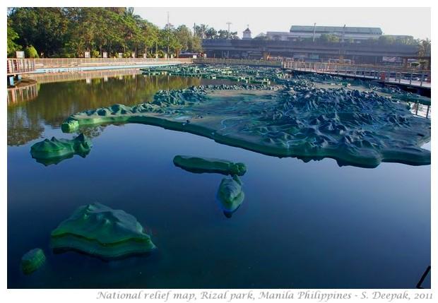 Philippines relief map, Rizal Park, Manila - S. Deepak, 2011