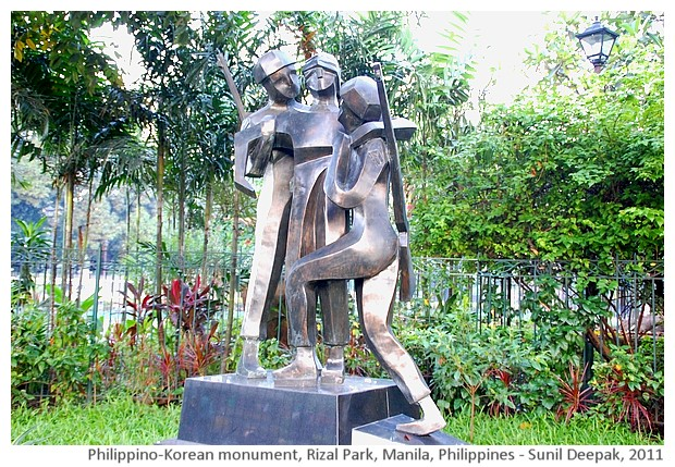 Phillipines-Korean soldiers' monument, Rizal park, Manila, Philippines - images by Sunil Deepak, 2011