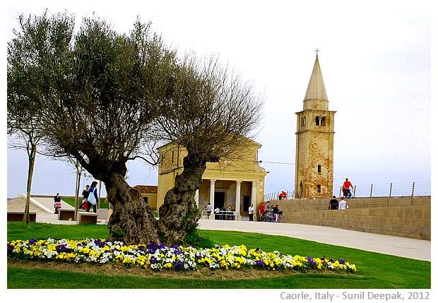 Seaside holiday town, Caorle, Veneto, Italy - images by Sunil Deepak, 2012