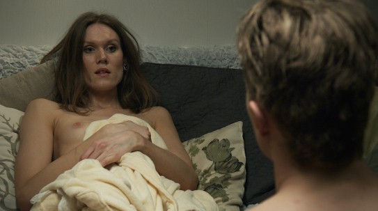 still from Undress me