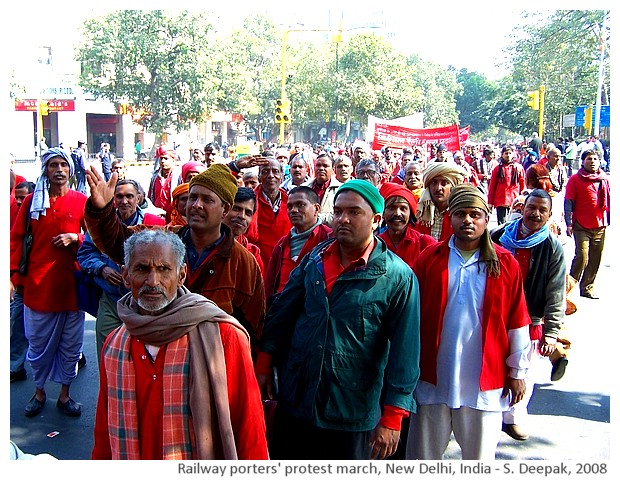 Railway porters' protest march, Delhi, India - S. Deepak, 2008