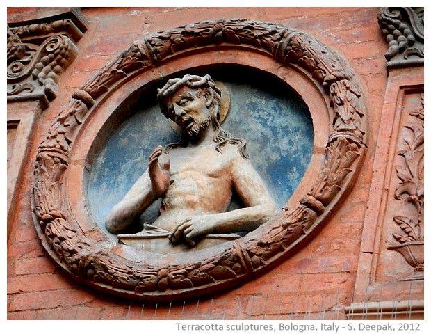 Terracotta statues in Bologna, Italy - images by S. Deepak