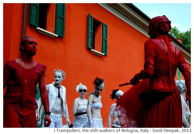 I Trampolieri, the stilt-walkers of Bologna - images by Sunil Deepak, 2012-13
