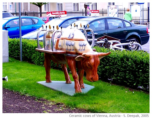 Colourful ceramic cows, Vienna, Austria - images by Sunil Deepak, 2005