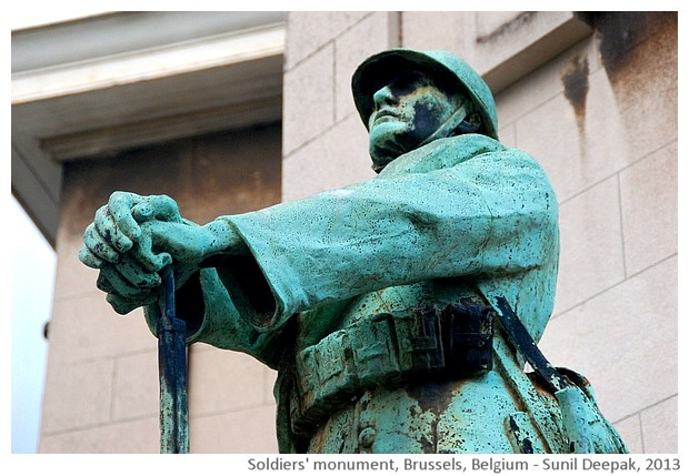 A soldiers' monument, Brussels, Belgium - images by Sunil Deepak, 2013