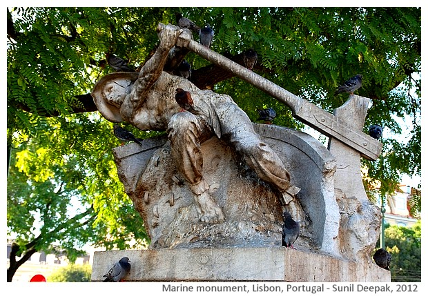Marine monument, Lisbon, Portugal - images by Sunil Deepak, 2012
