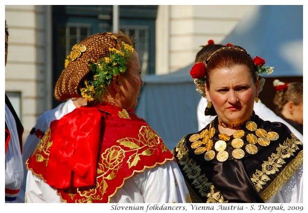 Slovenian folk dancers - S. Deepak, 2009