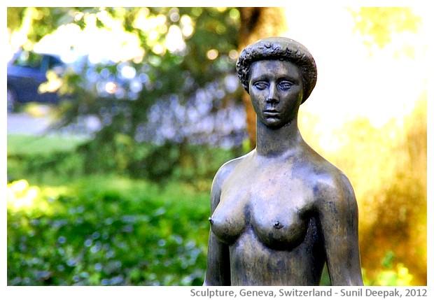 Sculptures, nude women, Switzerland - images by Sunil Deepak, 2008