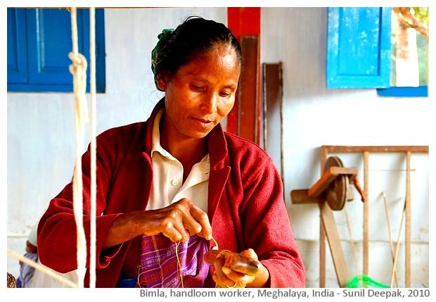 Bimla, handloom worker, Meghalaya, India - images by Sunil Deepak, 2010