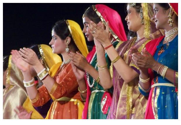 Kathak by Pandit Birju Maharaj troupe