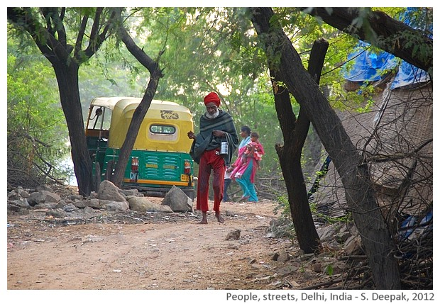 People, roads, Delhi, India - S. Deepak, 2012