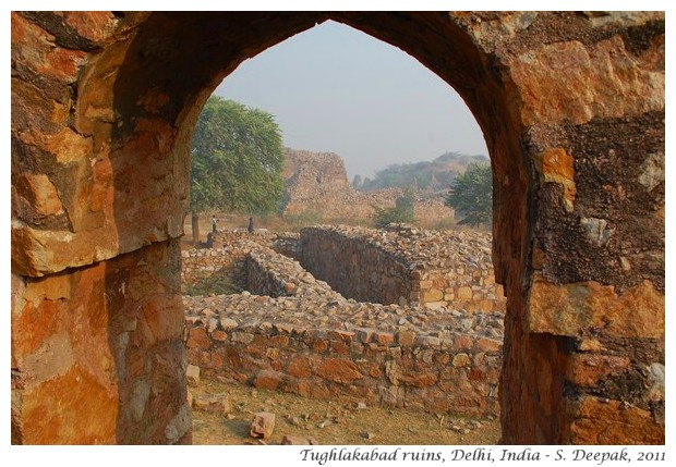 Tughlakabad fort, Delhi India - S. Deepak, 2011