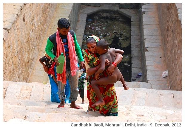 Sulphur water well, Mehrauli, Delhi, India - S. Deepak, 2012