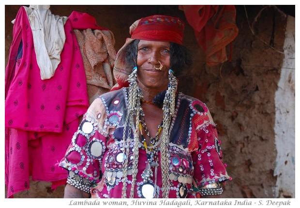 A lambada woman, Indian gypsies, in Karnataka - images by S. Deepak