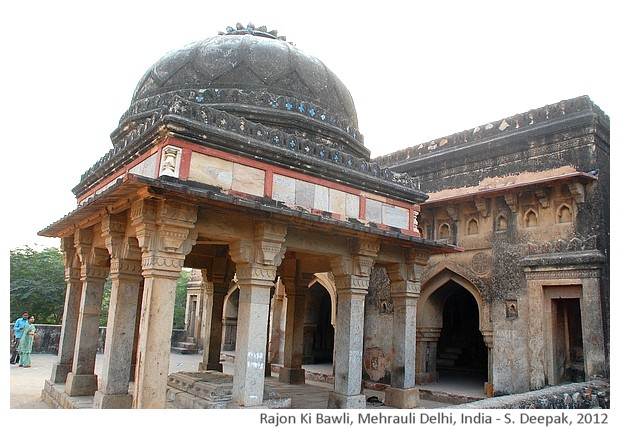 Rajon ki Baoli, Mehrauli archeological park, Delhi, India - S. Deepak, 2012