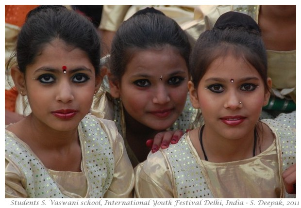 Girls Sadhu Vaswani school Delhi - S. Deepak, 2011