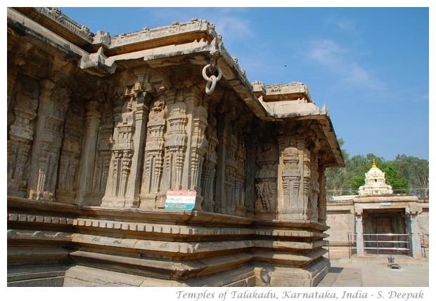 Talakadu temples hidden under the sand, Karnataka, India - images by S. Deepak