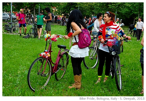 Bike pride parade, Bologna Italy - images by Sunil Deepak, 2013