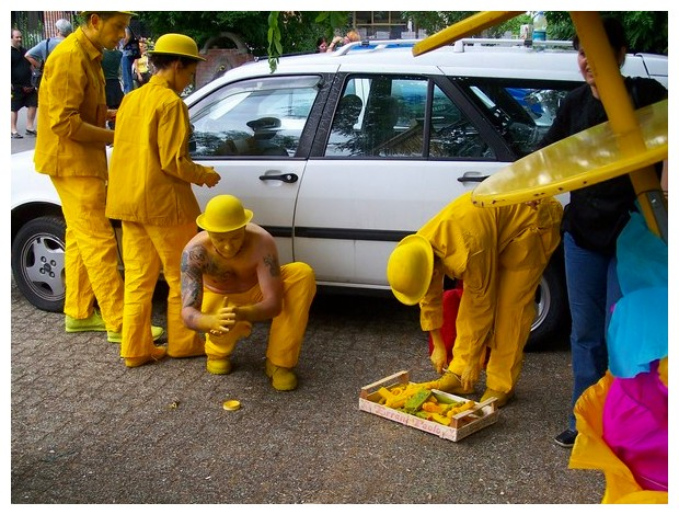 Yellow people from Bologna Par Tot parade in 2005