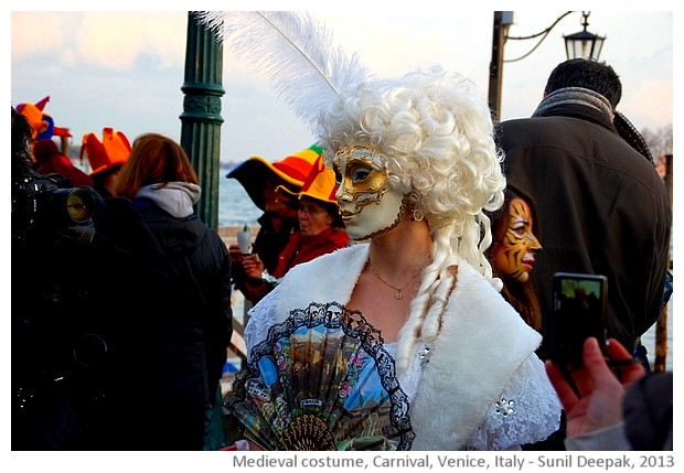 Carnival, medieval costumes, Venice, Italy - images by Sunil Deepak, 2013
