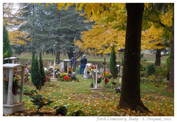 Cemetery of Forli, Italy - S. Deepak, 2011