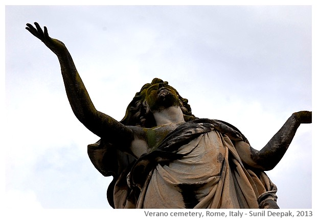 Sculpture, Verano cemetery, Rome, Italy - images by Sunil Deepak, 2013