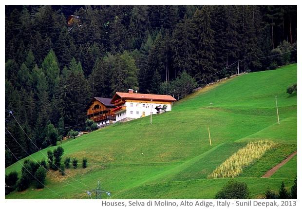 Houses, Selva di Molino, Alto Adige, Italy - images by Sunil Deepak, 2013