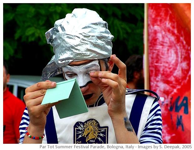 Par Tot summer festival parade, Bologna, Italy - images by Sunil Deepak, 2005