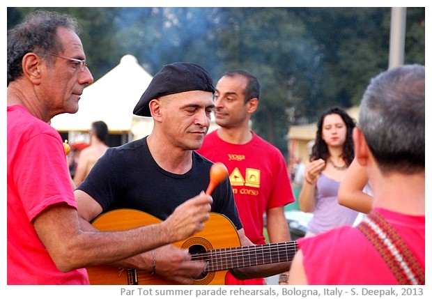 Partot parade rehearsals, Bologna, Italy - images by Sunil Deepak, 2013