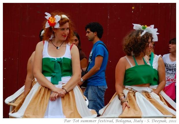 Lotus dancers, Par Tot parade Bologna, Italy - S. Deepak, 2011