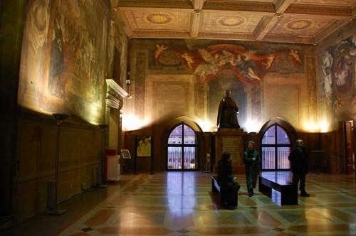Unità di Italia nel palazzo comunale di Bologna