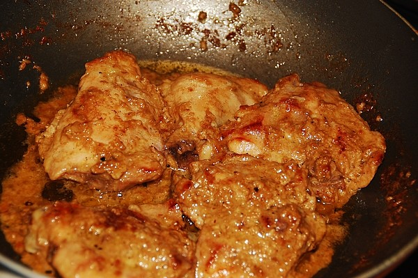 Chicken with creme and anise seeds - S. Deepak, 2012