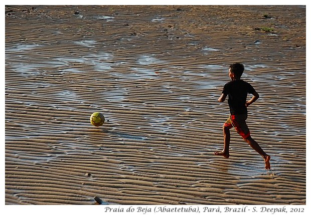 Families playing football at Beja beach, Abaetetuba, Parà, Brazil - S. Deepak, 2012