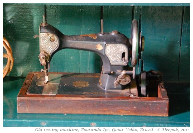 Old sewing machine, Goias Velho, Brazil - S. Deepak, 2011