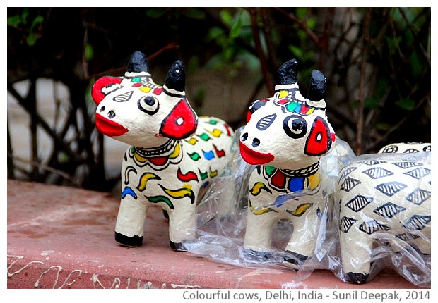 Colourful cow sculptures - Delhi India - images by Sunil Deepak, 2014