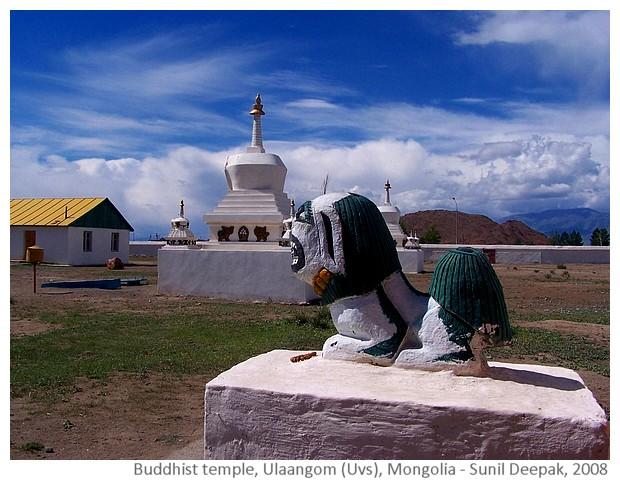 Buddhist temple, Ulaangom, Uvs, Mongolia - images by Sunil Deepak, 2008
